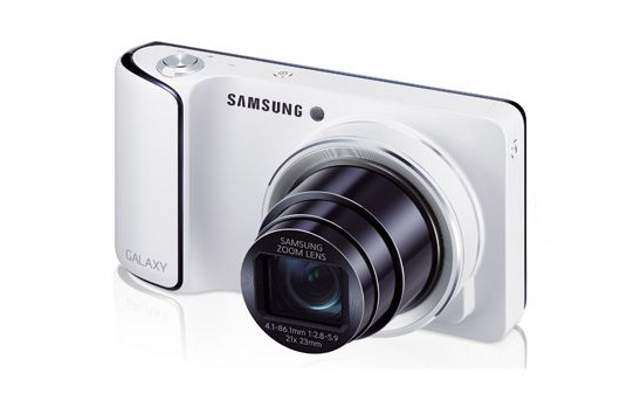 Samsung launches Android camera