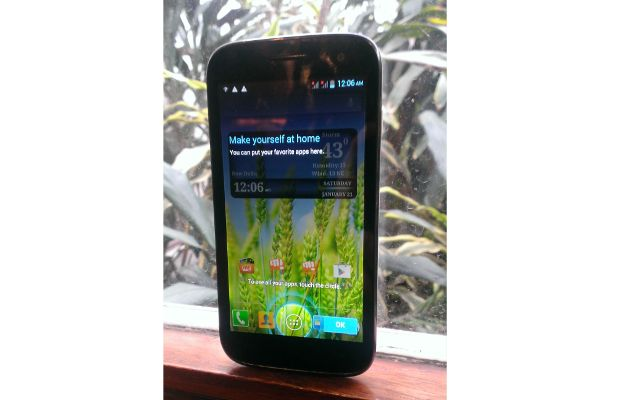 Micromax Canvas II or Canvas HD