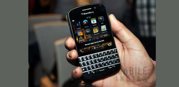 First look: BlackBerry Q10