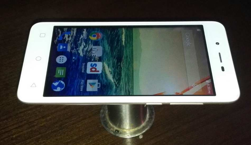 Micromax Canvas Spark in pics