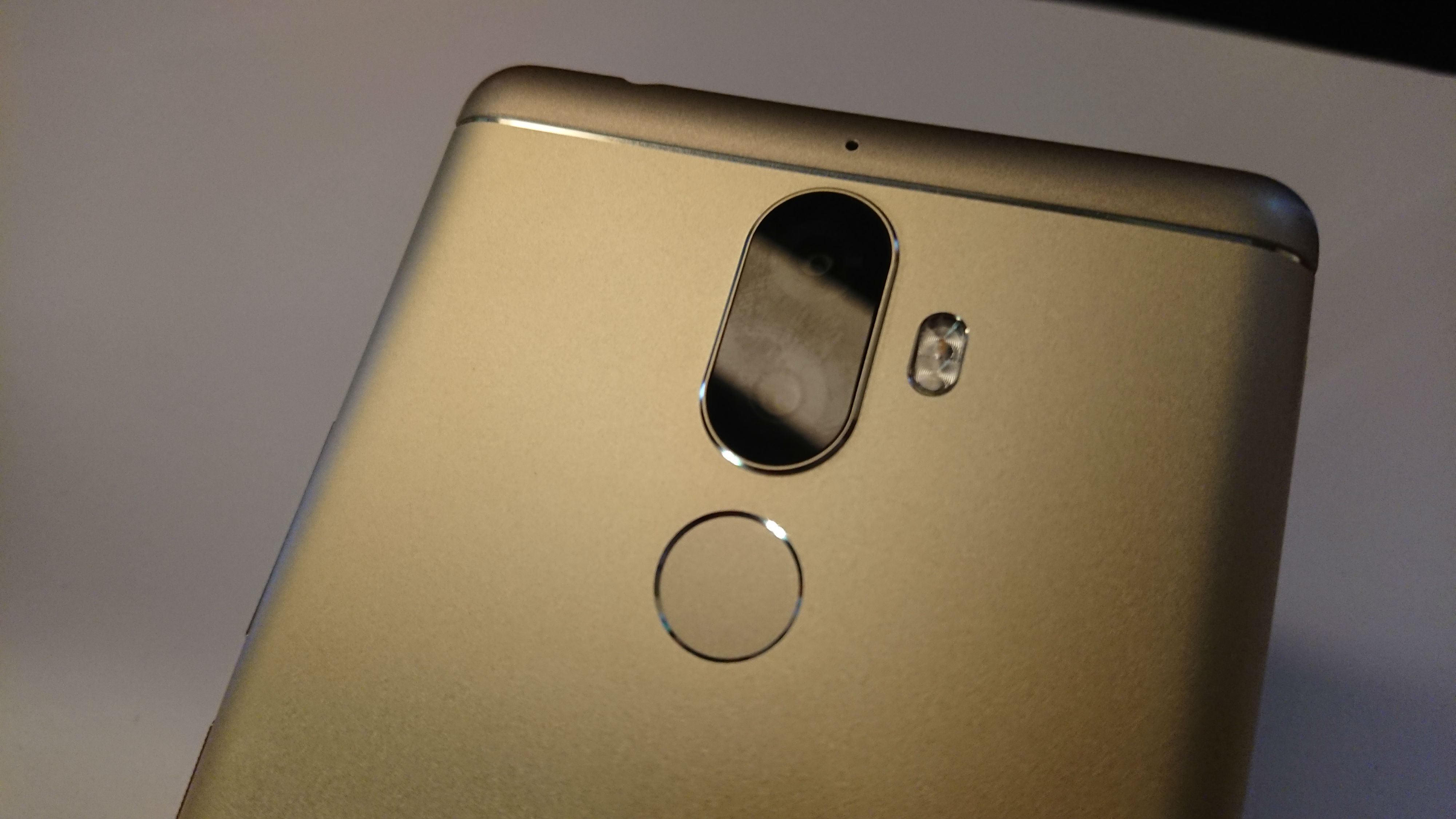 Lenovo K8 Note First Impressions: The real Redmi Note 4 killer?