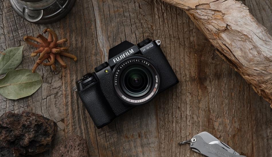 Fujifilm announces X-S10 mirrorless camera