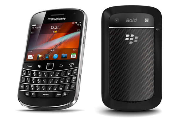 BlackBerry 9900 suffers from holster design flaw: RIM