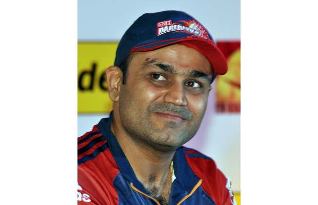 I use an iPod for listening to music not mobiles: Virender Sehwag