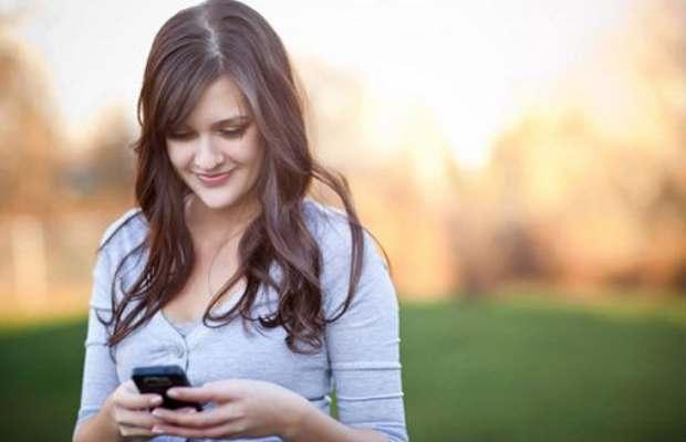 Smartphone use may cause sagging chin