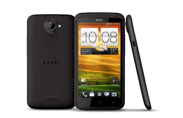 Handset war: Samsung Galaxy SIII Vs HTC One X