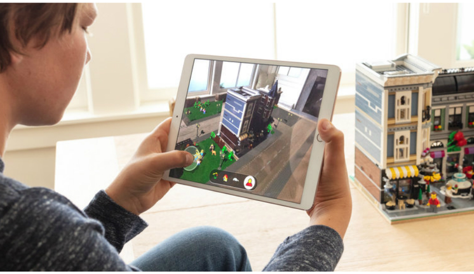 Apple WWDC 2018: ARKit 2 adds persistent face tracking, shared experiences