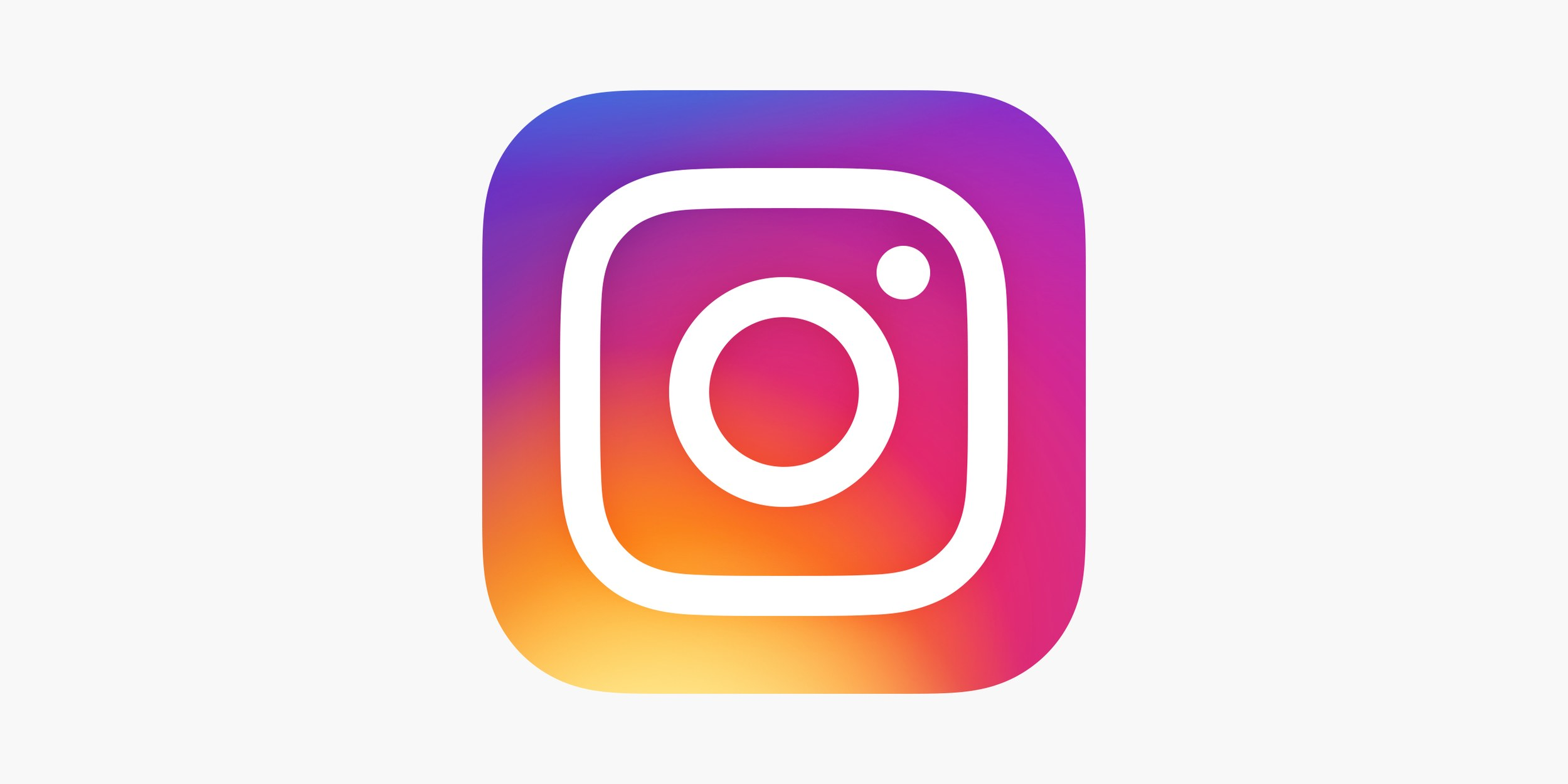 How to use Instagram Superzoom feature?