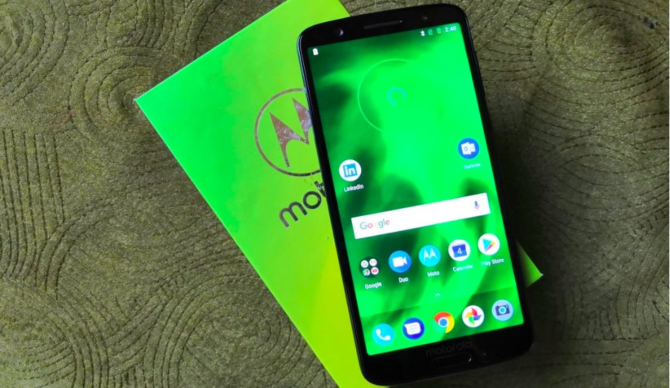 Moto G6 First Impressions: A premium phone at budget price?