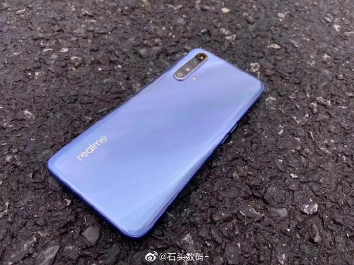 Realme X50 5G live shots surface online