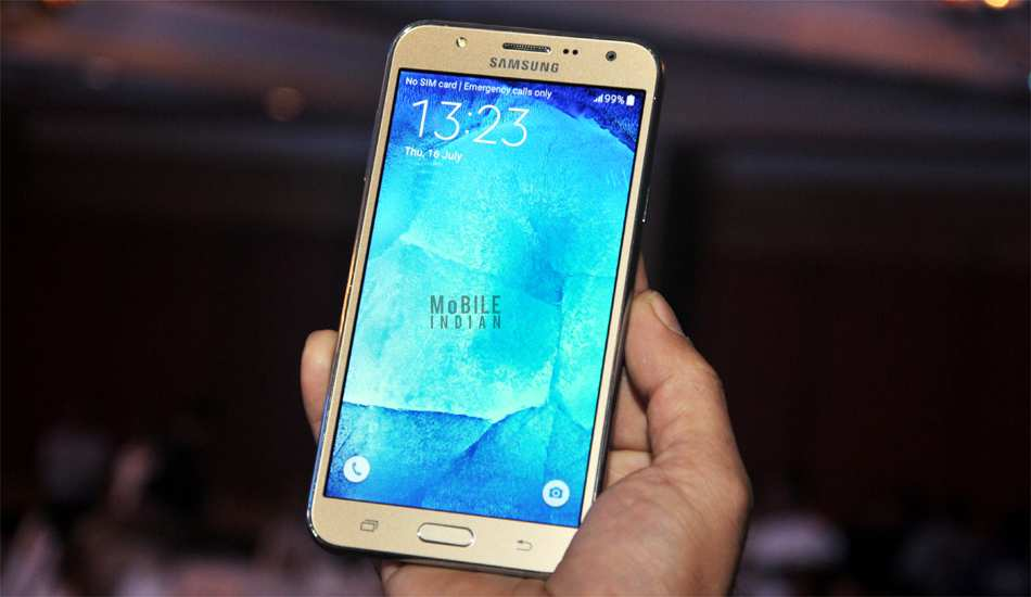 Samsung Galaxy J7 in pics