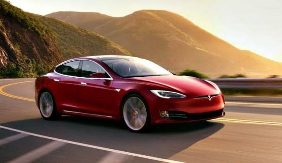 Buy a Tesla Electric Car using BitCoin: Elon Musk