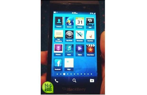 RIM's purported BlackBerry 10 L-series smartphone image surfaces online