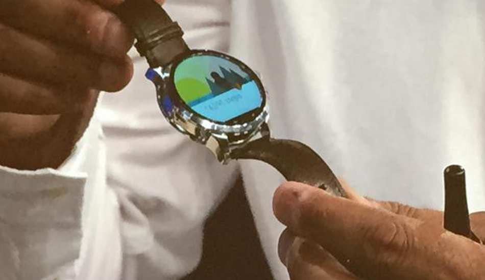 Fossil unveil its first Android Wear smartwatch