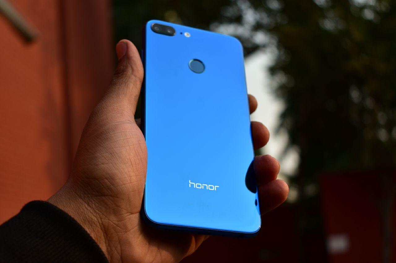 Honor 9 Lite Review: Premium design raises some serious bar in budget segment!