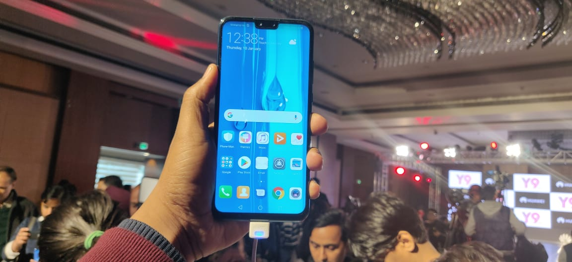 Huawei Y9 (2019) in Pictures