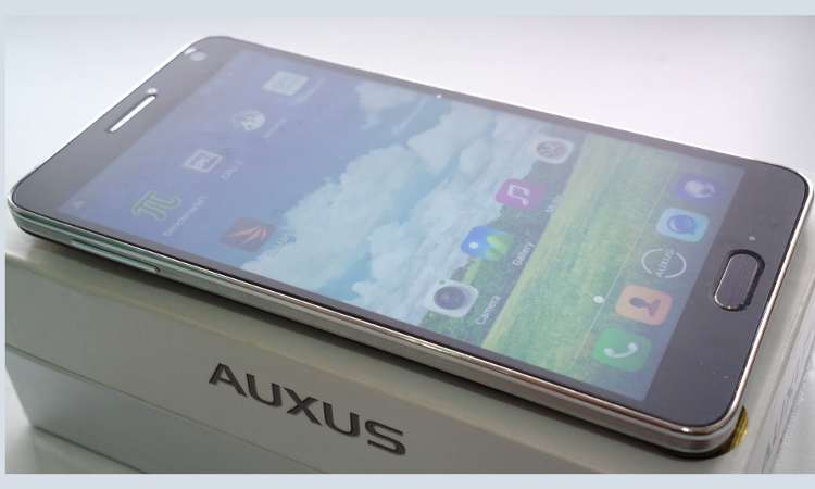 Mobile Review: iBerry Auxus Nuclea N2