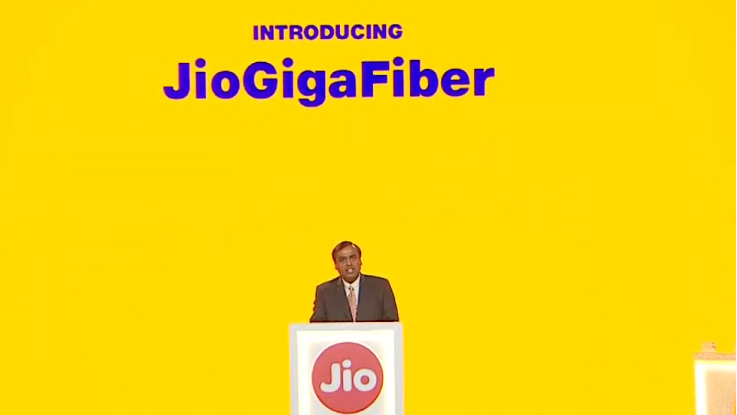 Reliance Jio GigaFiber Preview offers free 100GB Monthly data at 100 Mbps for 3 months
