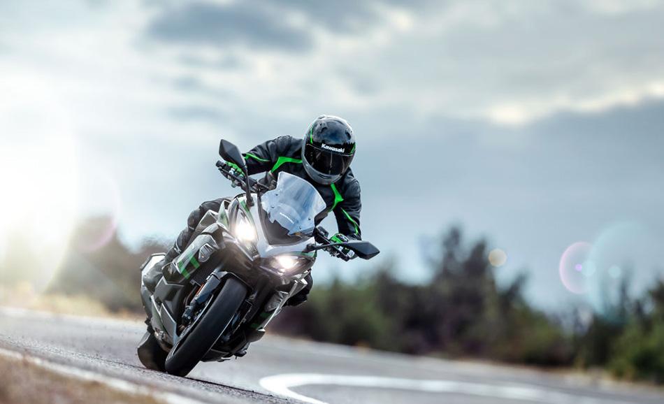 Kawasaki launches Ninja 1000SX BS6 bike in India for Rs 10.79 lakh
