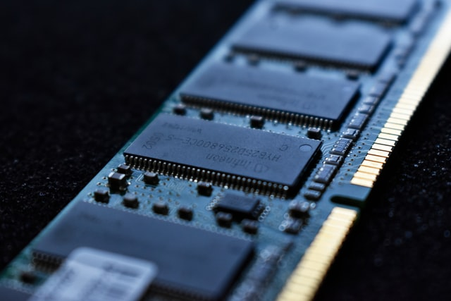 What is DRAM? Where it is used?