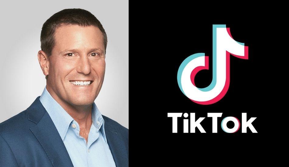 TikTok  loses its boss in US