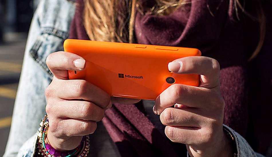 Microsoft hints leaving mobile phone biz