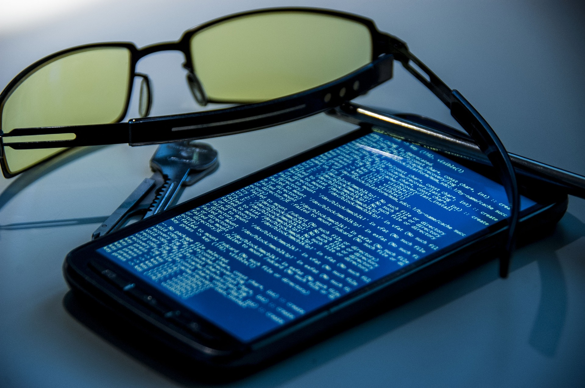 A saga of poor Android security: Your pattern lock can be cracked in just five attempts