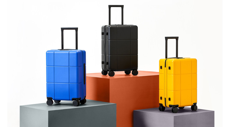 Realme M1 Sonic Electric Toothbrush, Adventurer Luggage and Realme Tote bag launched in India