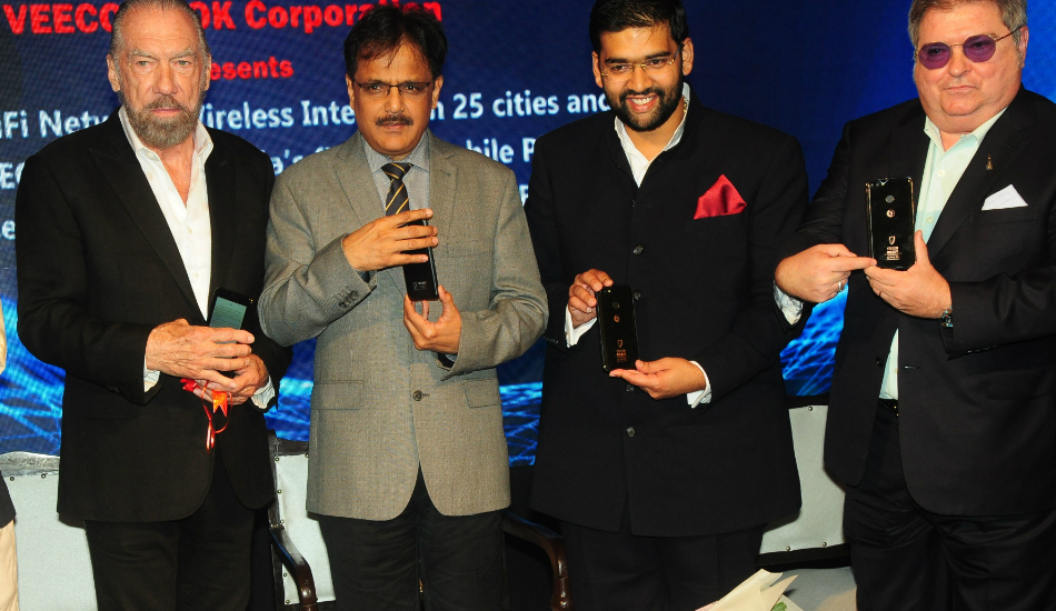VEECON ROK partners with BSNL to launch Wi-Fi Networks across 25 Indian cities, releases India's first 3D Phone