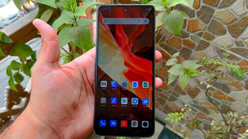 Infinix Note 10 Pro review - display